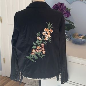 Kate Hill Tops - Kate Hill Casual Button Up Embroidered Jacket/Top